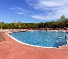 camping avec parc aquatique Clermont l'Herault